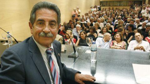 CANTABRIA. Miguel Ángel Revilla, cuya formación ha empatado a escaños con el PP, podría volver a gobernar en la comunidad.