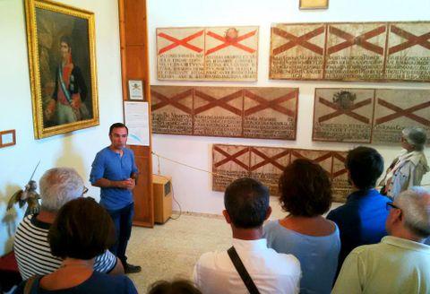 El historiador Suso Vila es un gran conocedor de estas piezas únicas del Santo Oficio.