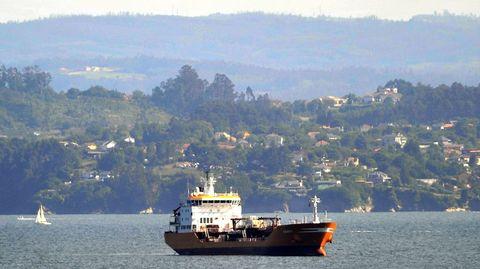 El buque Granato en la ría de Ferrol