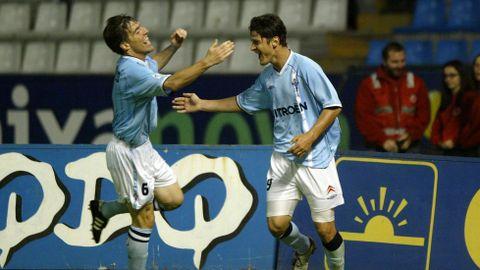 El brasileño, celebrando un gol con el actual técnico del Celta, Berizzo, en el derbi de mayo del 2003.