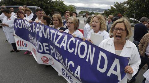 Protesta en la rotonda del Hospital A Coruña