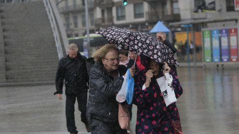 Viento y lluvia en Vigo.