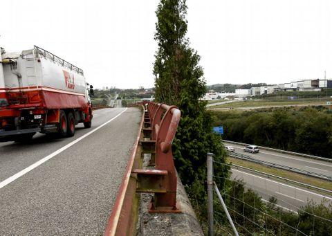 El enlace orbital comunicará la autopista AP-9 y la autovía de Lavacolla en los dos sentidos.