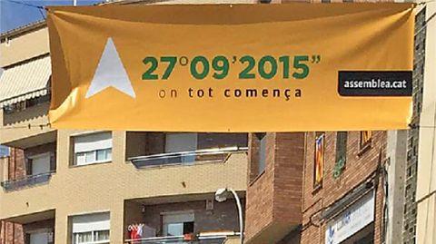 Pancarta de la Assemblea Nacional Catalana en Sant Vicenç.