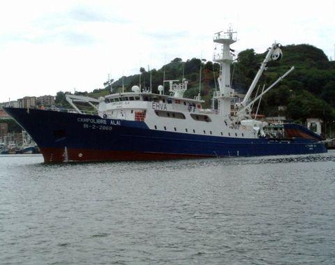 El barco estaba ayer a punto de hundirse en el Índico.