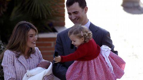 Nacimiento de su hermana Sofía.