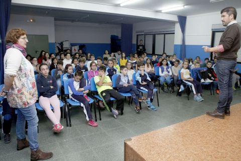 Los alumnos del Bayón recibieron una charla sobre la temática.