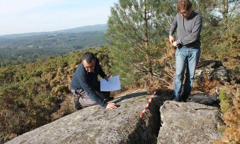Los técnicos iniciaron ayer el estudio de las piezas arqueológicas en Moimenta.