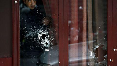 Imágenes de los disparos en el bar Carrillon.