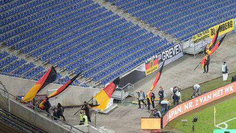 El estadio de Hannover, desalojado