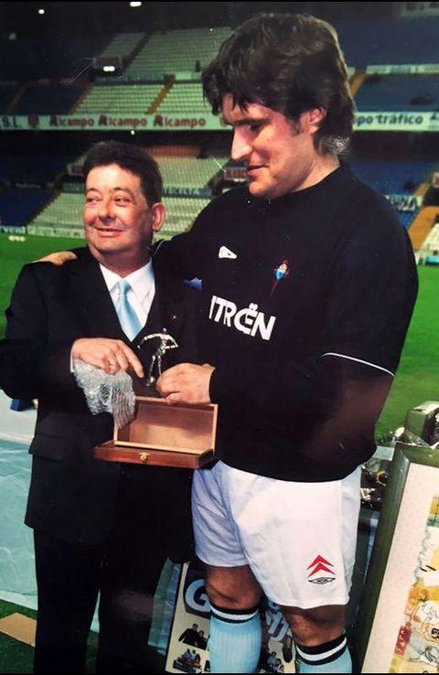 Con su homenajeado y «patrón» de la peña, Vlado Gudelj