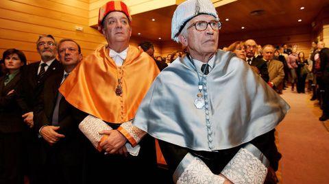 Neira Vilas era doctor honoris causa por la Universidad de A Coruña