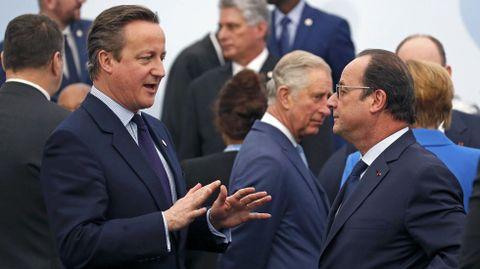 Cameron departe con Holande.