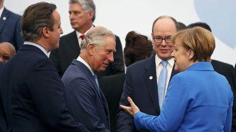 David Cameron, el príncipe Carlos, Alberto de Mónaco y Angela Merkel.