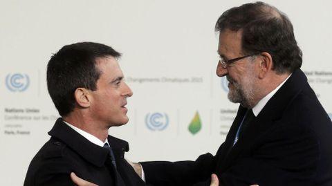 Manuel Valls recibe a Rajoy.