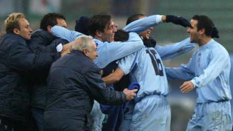 Berizzo, celebrando la victoria junto con sus compañeros
