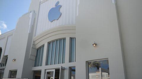 Un bloque en una de las principales calles comerciales de Miami Beach por 332 millones de euros.