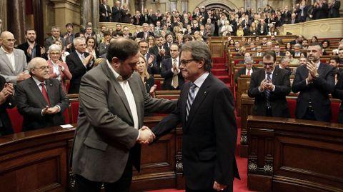 Artur Mas y Oriol Junqueras, en el Parlamento de Cataluña, en el 2016