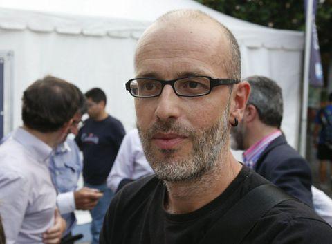 Marcos Calveiro presenta hoxe a novela en Santiago