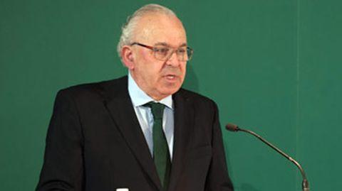 José Luis Sáenz de Miera. Ex presidente de cementos Portland. Salió de la empresa tras entrar Carlos Slim en el capital.