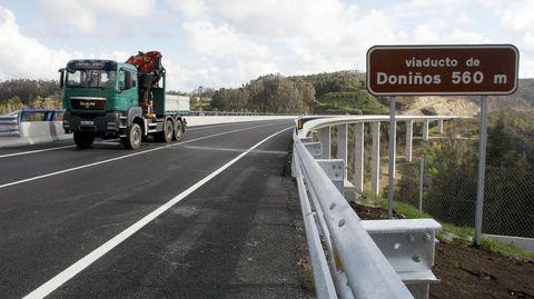 Caneliñas solo tiene acceso por carretera