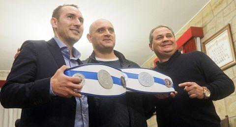 Los campeones recibirán cinturones por primera vez.