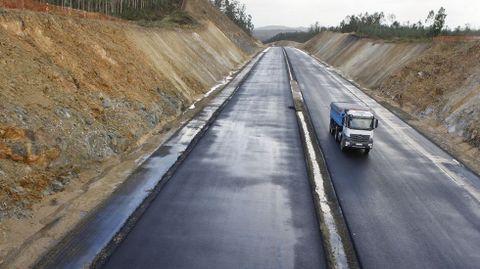 La autovía de la Costa da Morte. Tras años de retraso se pondrá en servicio el primer tramo a finales de este año.