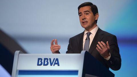 BBVA. El gallego Francisco González tiene 72 años, acaba de renovar su último mandato y en el 2015 nombró consejero delegado y probable sucesor a Carlos Torres, de 50, al frente del banco.