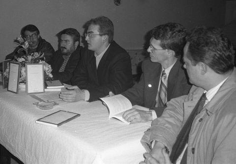 A compilación dos «Contos» de Labarta Pose foi presentada en Baio en 1996
