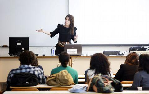 Ramallal habló para los alumnos del último curso en la Facultade de Relacións Laborais.