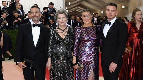 Marc Jacobs, Bette Midler y Sophie Von Haselberg.