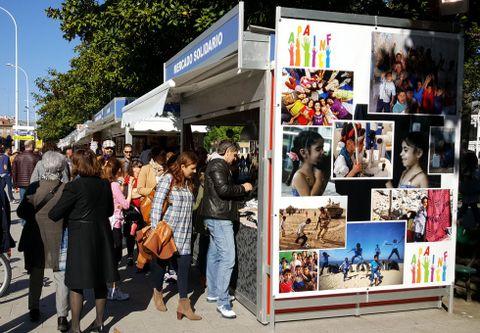 El mercado ofrece también una exposición fotográfica