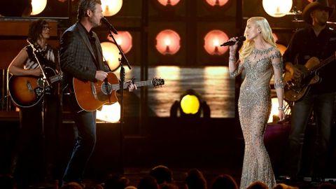 Los artistas Blake Shelton y Gwen Stefani.