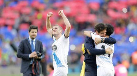 Celebrando la gesta en Barcelona.