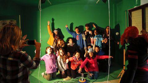 En el instituto hay varios espacios para grabar «chroma» (fondos falsos) y a los alumnos les encantan.