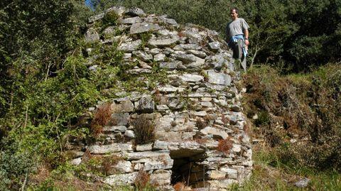 Antiguo caleiro de Queiroga, cerca de la localidad de Vilasibil, en el municipio de Folgoso do Courel