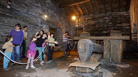 La ferrería de Seoane do Courel fue restaurada a finales de los años noventa, pero solo se abre al público en contadas ocasiones