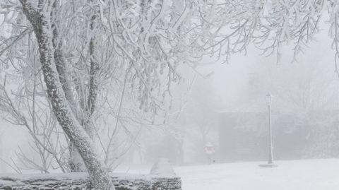 Postal de nieve y hielo en O Cebreiro