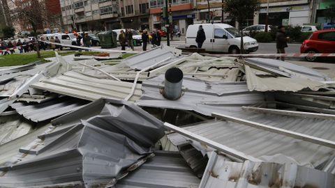 Tejado caído de un edificio en Vigo