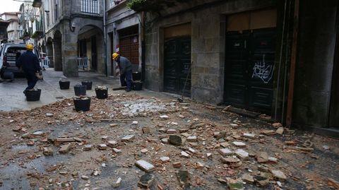 Otra imagen de la fachada caída en Pontevedra