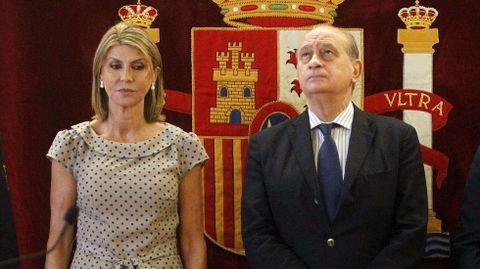 El exministro de Interior, Jorge Fernández, junto a la exdelegada del Gobierno en Cataluña.