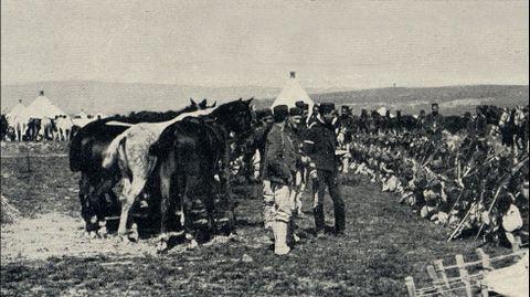 Tropas de caballería acampadas en el Campo do Teixugo