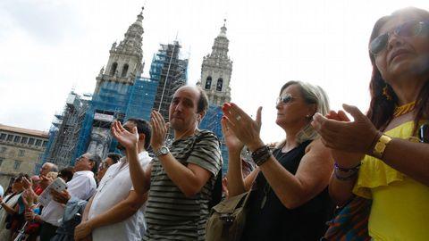 Minuto de silencio en la Plaza del Obradoiro en Santiago