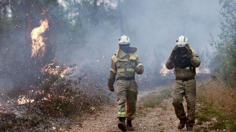 Dos bomberos en San Fiz, Bóveda