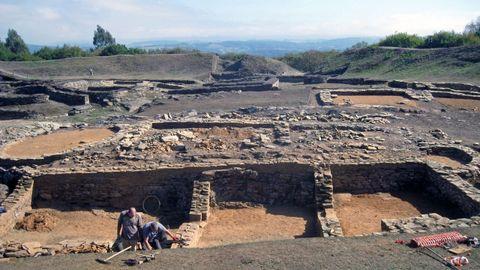 Excavaciones recientes en el castro de Viladonga