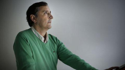 Fernando Serrano, vecino de Sofán (Carballo), lleva 17 de sus 53 años trasplantado de corazón
