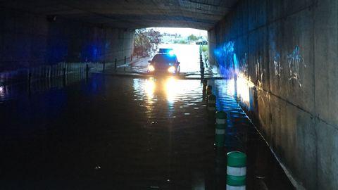 CONSECUENCIAS DEL TEMPORAL ANA: túnel del Materno anegado