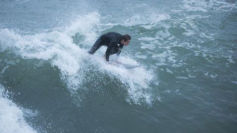 Surfeando en Caión