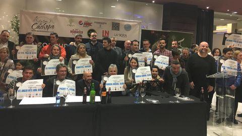Foto de familia de los participates de la fase regional del concurso el Mejor Cachopo de España 2018