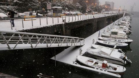 Tempral de nieve en el puerto de Pasajes (San Sebastián)